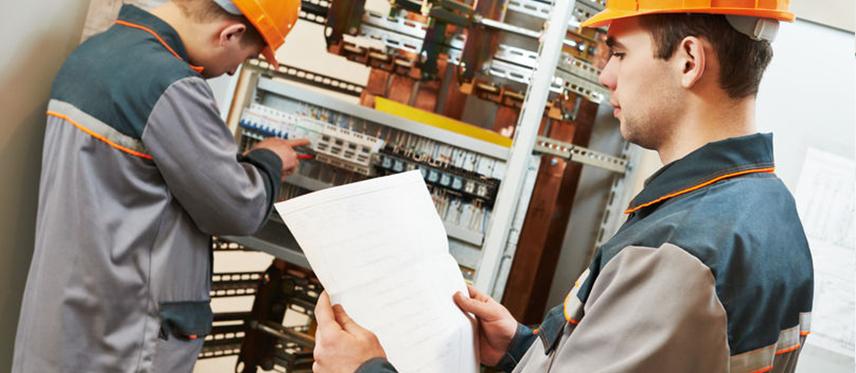 equipo-inspeccion-tecnica-electricidad
